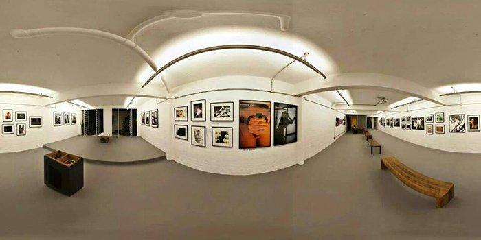 Galeria Porão em São Paulo (3D), montada e pronta para a inauguração