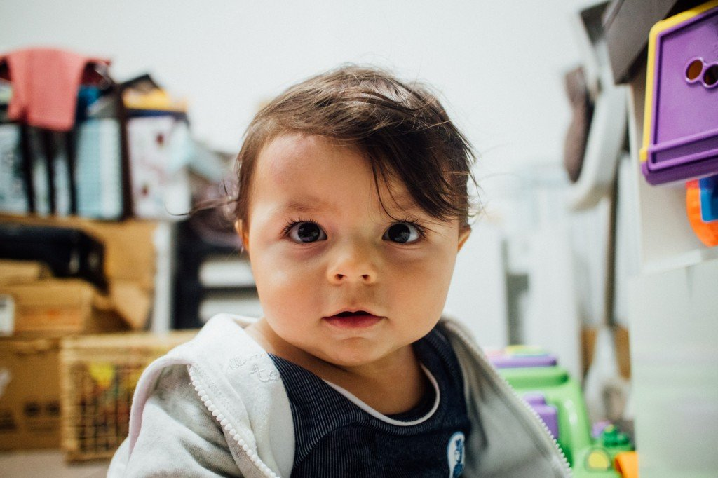 Theo // Canon EOS M3 + EF-M 22mm f/2 STM: ISO 800, f/2 e 1/30